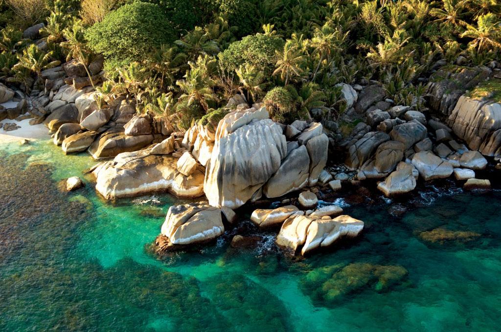 Les hotes peuvent également organiser des visites des îles alentours en bateau, comme sur l'île de Coco